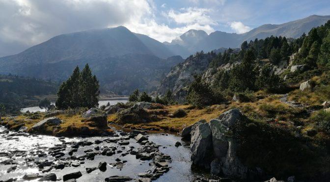 El Pic Carlit, sostre del Pirineu Oriental.