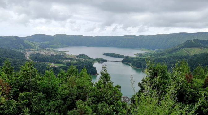 Llacs volcànics a les Illes Açores